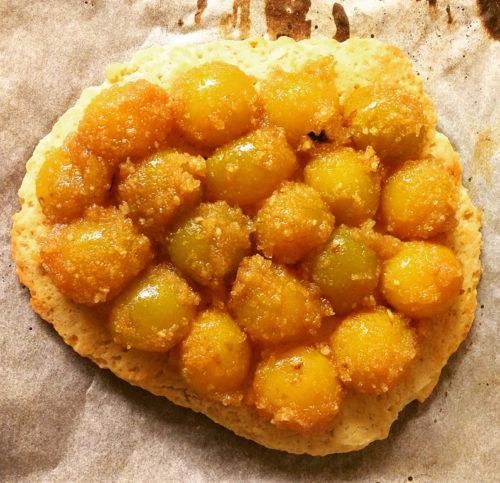 Tarte aux mirabelles avec pâte sablée sans beurre